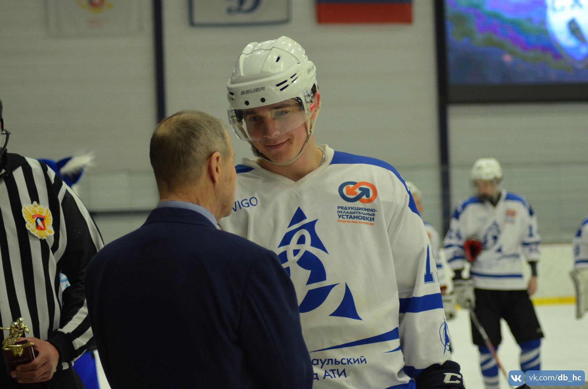 Лучший защитник: Павел Тетерин (Динамо г. Барнаул)