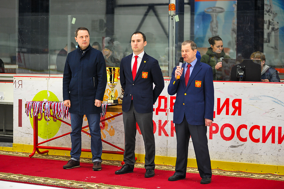 «Динамо-Алтай» и «Металлург-Университет» - победители финала ССХЛ - «Битва за Москву»
